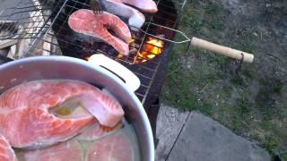 Осетр горячего копчения и шашлык из форели
