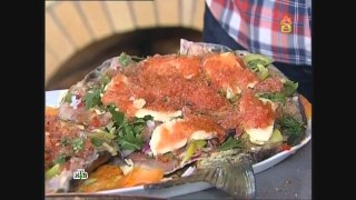 Рыба-пицца и фаршированные баклажаны