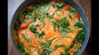 Филе лосося на сковороде с обалденным соусом!