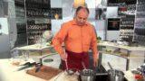 Кухня Китая. Кальмары в чесночном соусе с лапшой